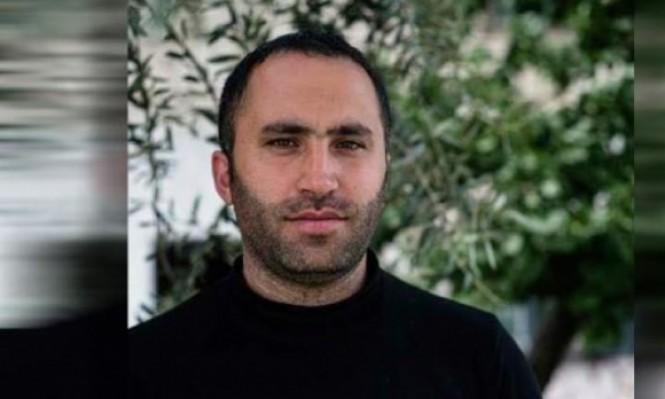 ألف دينار لإطلاق سراح عيسى عمرو بسبب منشور فيسبوكي