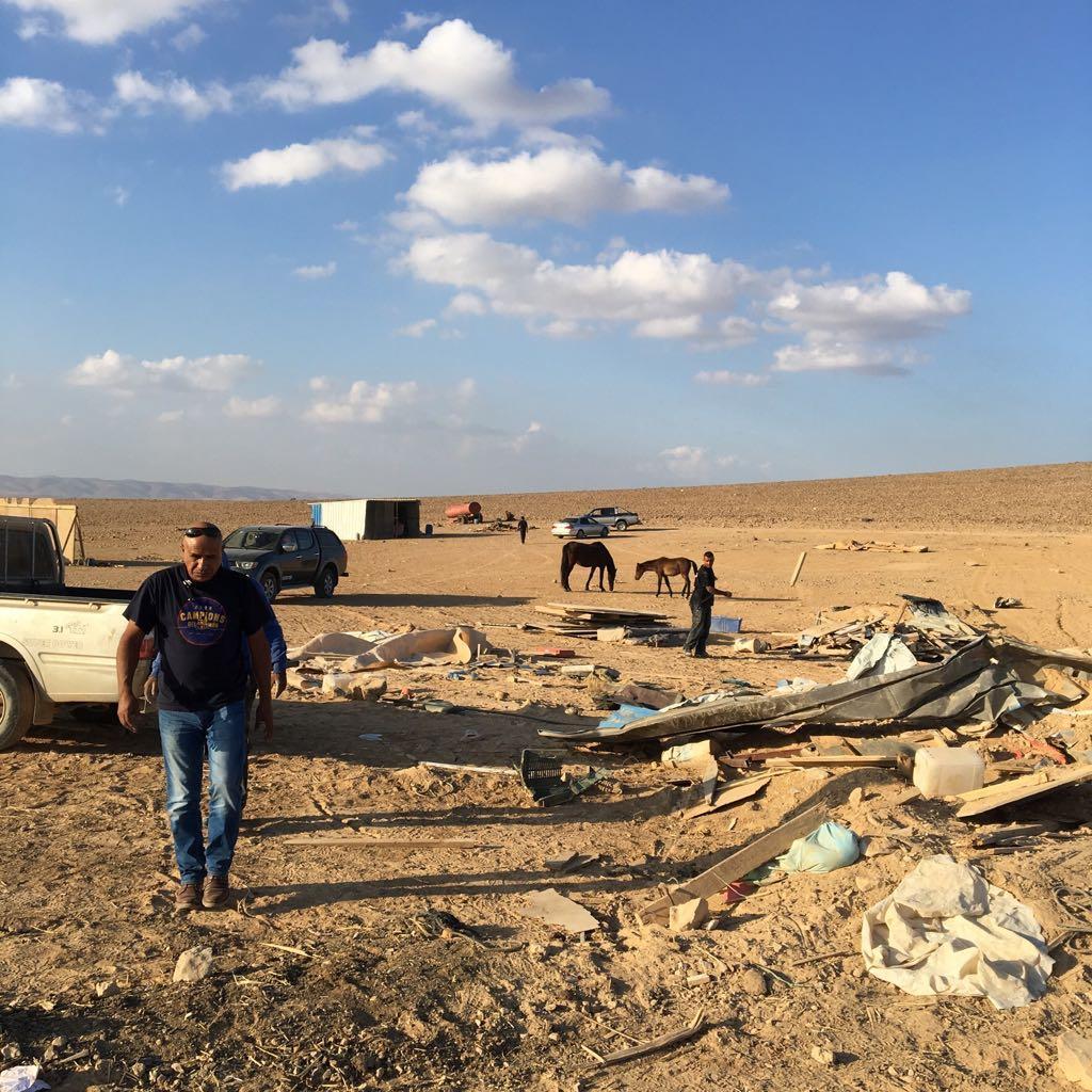 عائلة القرعان من النقب: صمود من أجل البقاء