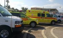 إصابة شاب في حادث عمل وسط البلاد
