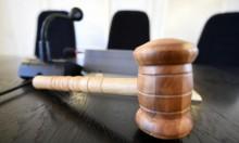 """محاكمة 3 أشخاص في ألمانيا بتهمة """"التقاعس"""""""