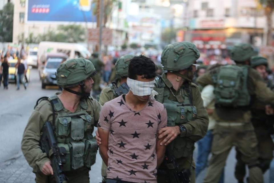 اصابات واعتقالات في مواجهات مع الاحتلال بالخليل