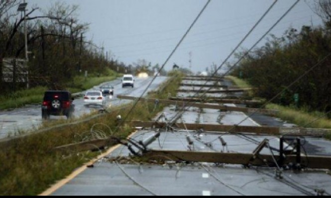 بورتوريكو قد تبقى لشهور بدون كهرباء بسبب الإعصار ماريا