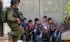 الاحتلال يعتقل قرابة 120 طفلا فلسطينيا شهريا