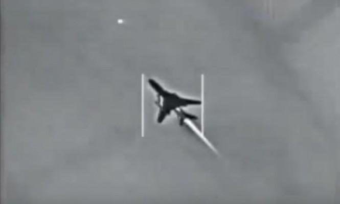 لقطات جوية تظهر تفاصيل إسقاط طائرة حربية للنظام السوري بصاروخ أميركي