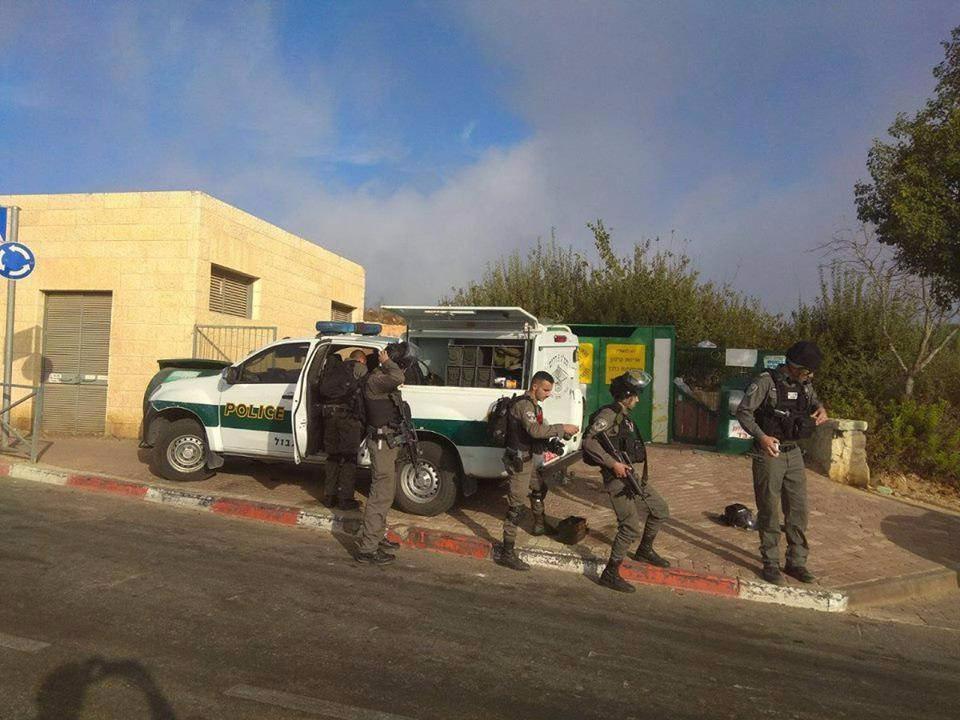 مقتل 3 رجال أمن إسرائيليين بعملية واستشهاد منفذها