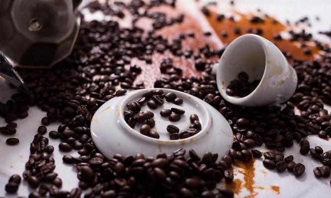 كيف تؤثر القهوة على مرضى فيروس نقص المناعة المكتسب؟