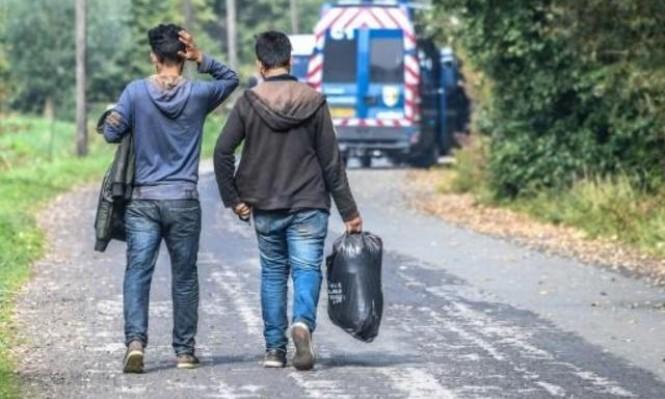 الاتحاد الأوروبي يعرض استقبال 50 ألف لاجئ خلال سنتين
