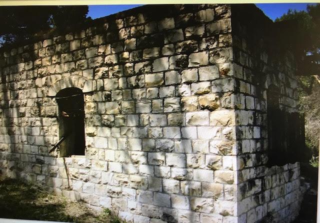 معلول: ترميم المعالم المتبقية أملا بالعودة