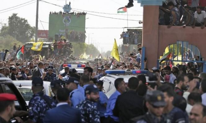 جانب من استقبال الجماهير الحاشدة لحكومة الوفاق الوطني