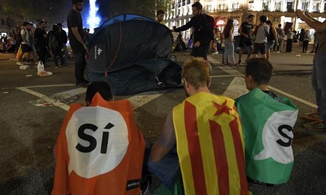 ملك إسبانيا يهاجم قادة كاتالونيا