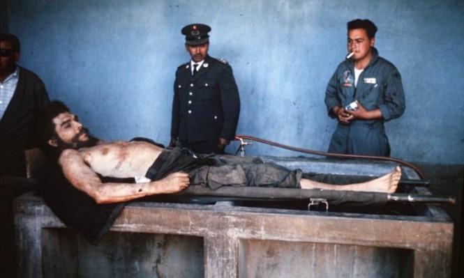 """في حضرة الجثمان: حين أعلنت """"فرانس برس"""" أن غيفارا مات"""