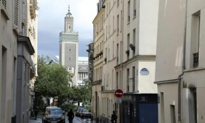 """فرنسا تغلق مسجدا في باريس بذريعة """"الإرهاب"""""""