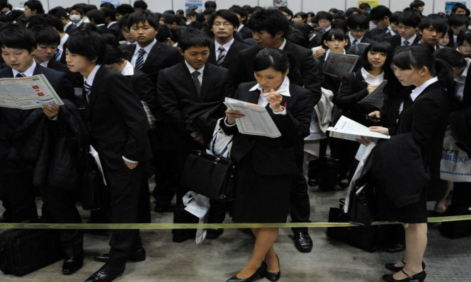 ساعات العمل الإضافية في اليابان تؤدي إلى وفاة موظفين