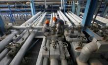 مخاوف من التخمة توقف موجة صعود النفط