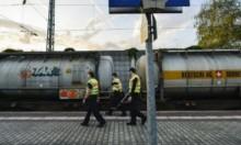 رحلة الخطر: الهجرة داخل عربات قطار الشحن