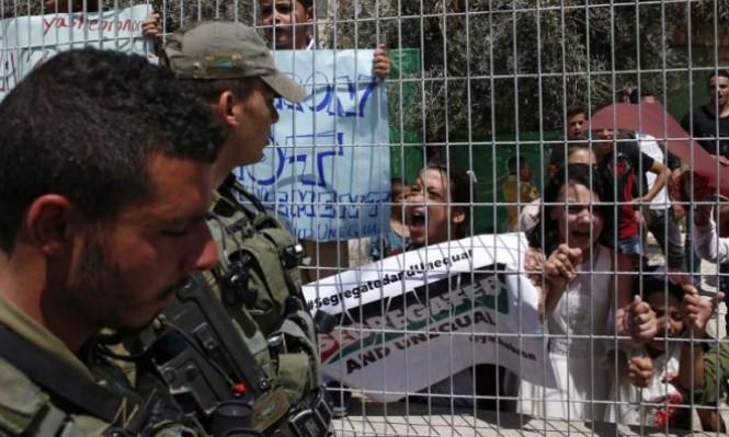 حي السلايمة في الخليل: الحرية رهن مزاج جندي الاحتلال