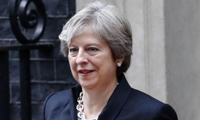 """استطلاع: أغلب البريطانيين يريدون بقاء ماي حتى تنفيذ """"البريكست"""""""