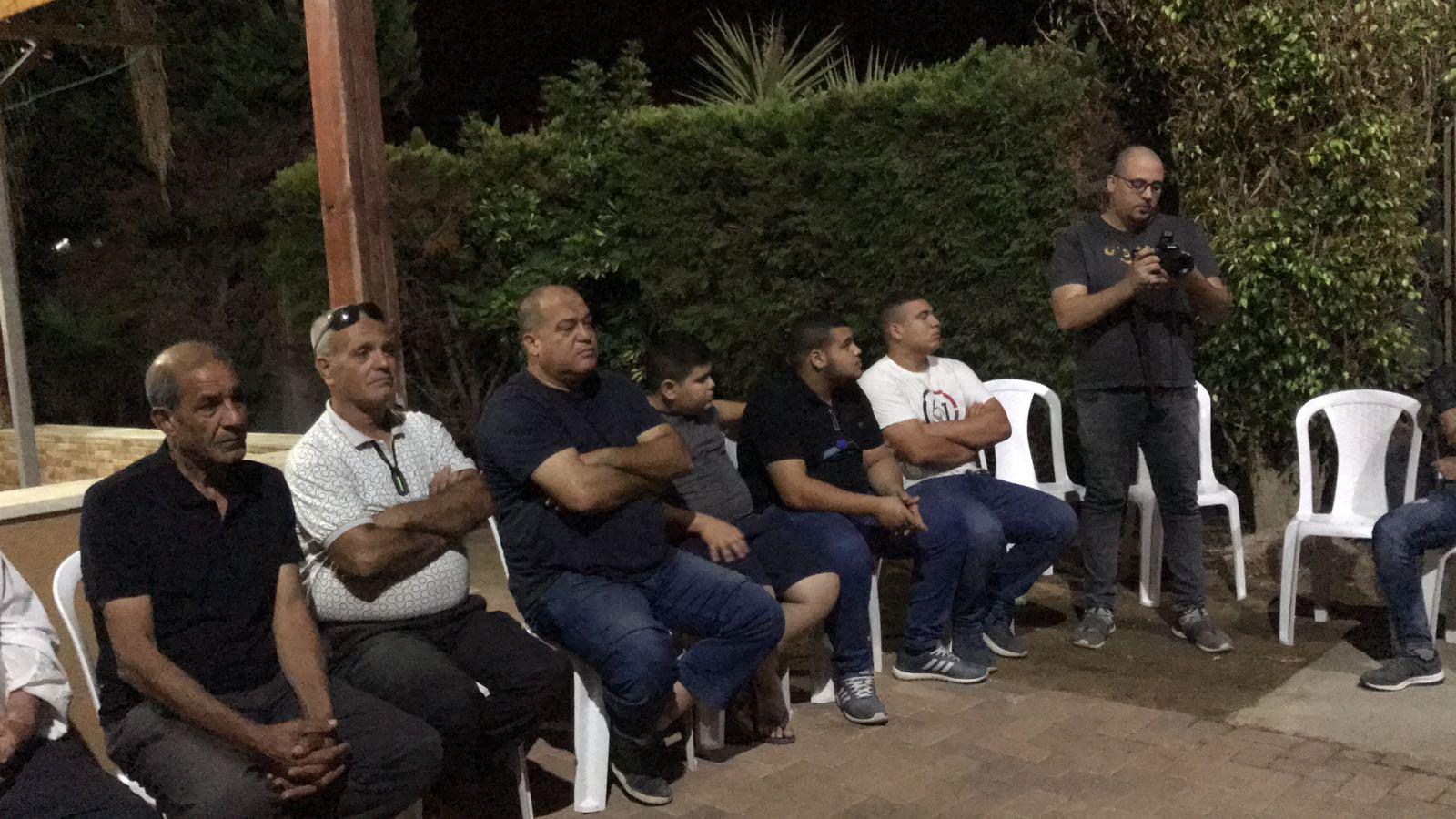 اجتماع في قلنسوة لدعم نضال أصحاب المنازل المهددة بالهدم