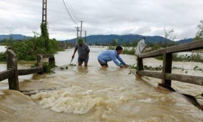 37 قتيلا جراء فيضانات وانزلاقات تربة في فيتنام
