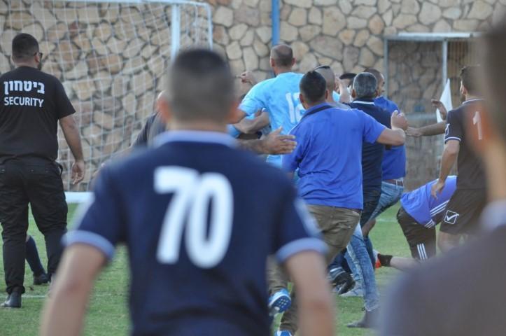 شجار وإصابات عقب مباراة الرينة وكفر قرع
