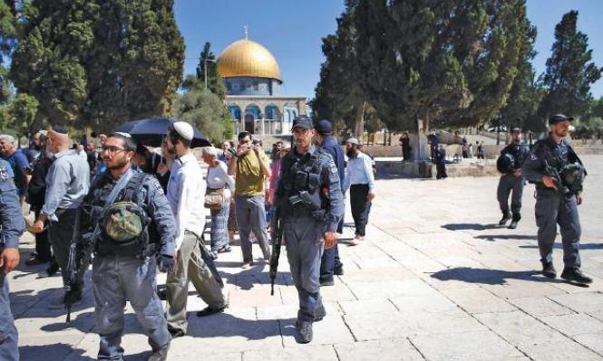 المستوطنون يقتحمون الأقصى وتقييدات على دخول الفلسطينيين
