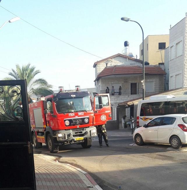 كفر كنا: ألسنة النيران تلتهم سيارة خصوصية