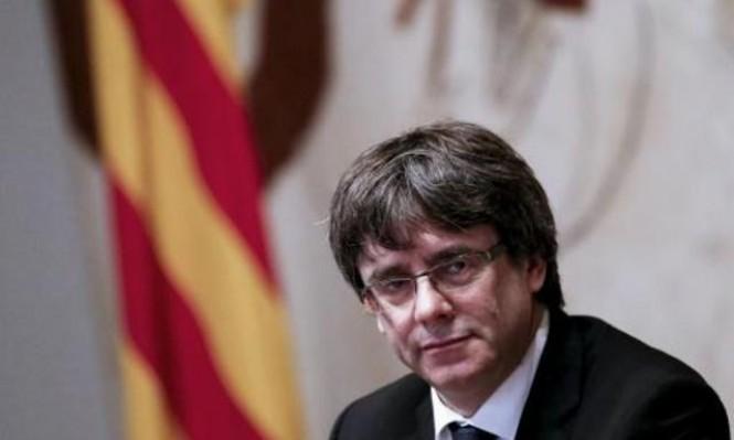 مدريد تمهل كتالونيا حتى الخميس للتراجع عن الانفصال