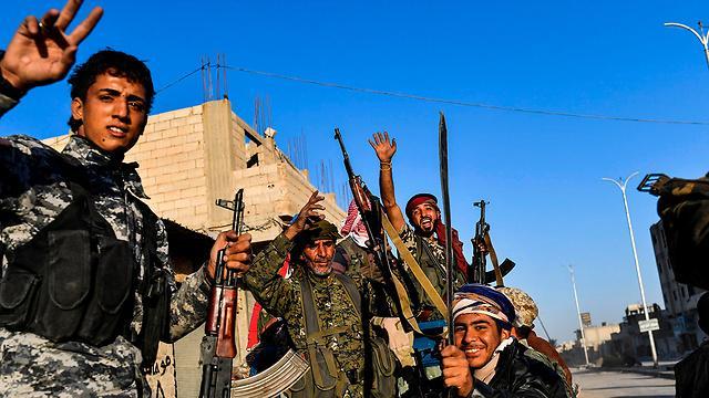 سورية: قسد تستكمل سيطرتها على الرقة بعد فرار عناصر داعش