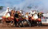 """في """"احتفالات النصر"""": الخيول المغربية تقدم استعراض """"التبوريدة"""""""