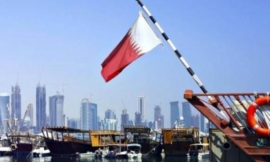 """الكويت تستأنف """"الوساطة"""" وتيلرسون يحمّل """"دول الحصار"""" مسؤولية استمرار الأزمة"""