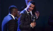 للمرة الخامسة: كريستيانو يتوّج بجائزة أفضل لاعب بالعالم