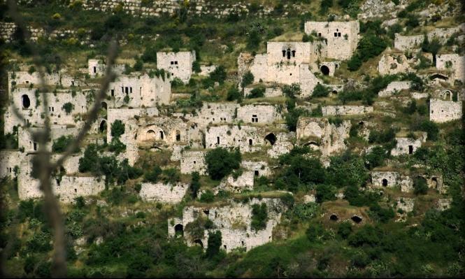 إسرائيل تخفي مسحا أثريا لقرية لفتا بالقدس