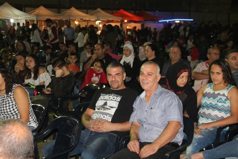 """مشاركة واسعة في افتتاح """"ليالي مجد الكروم"""""""
