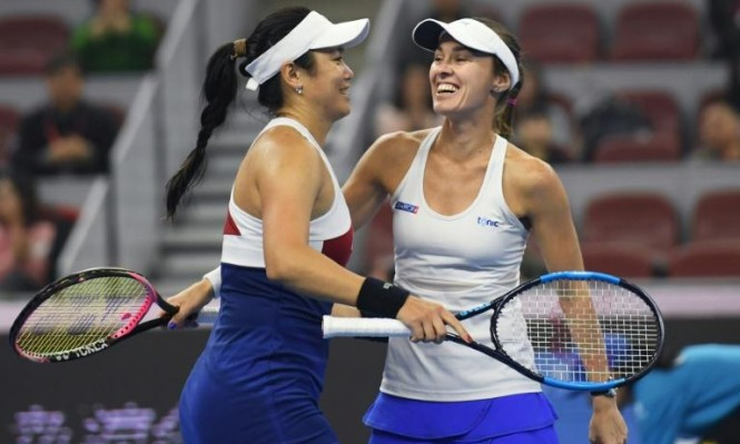السويسرية هينغيز تعتزل التنس