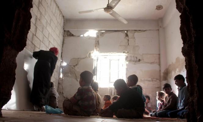 بين الأنقاض والجدران المدمرة: طلاب الغوطة يتابعون دراستهم