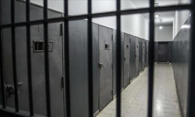 100 ألف معتقل في سورية معظمهم في سجون النظام