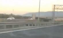 فيديو: سار بعكس السير واصطدم بسيارة وجها لوجه