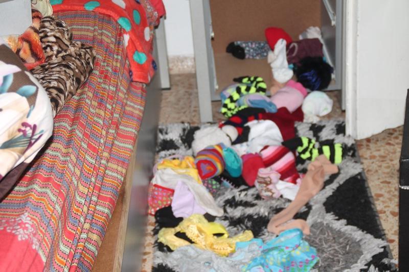 مجد الكروم: الشرطة تقتحم منزلا وتعيث فيه خرابا