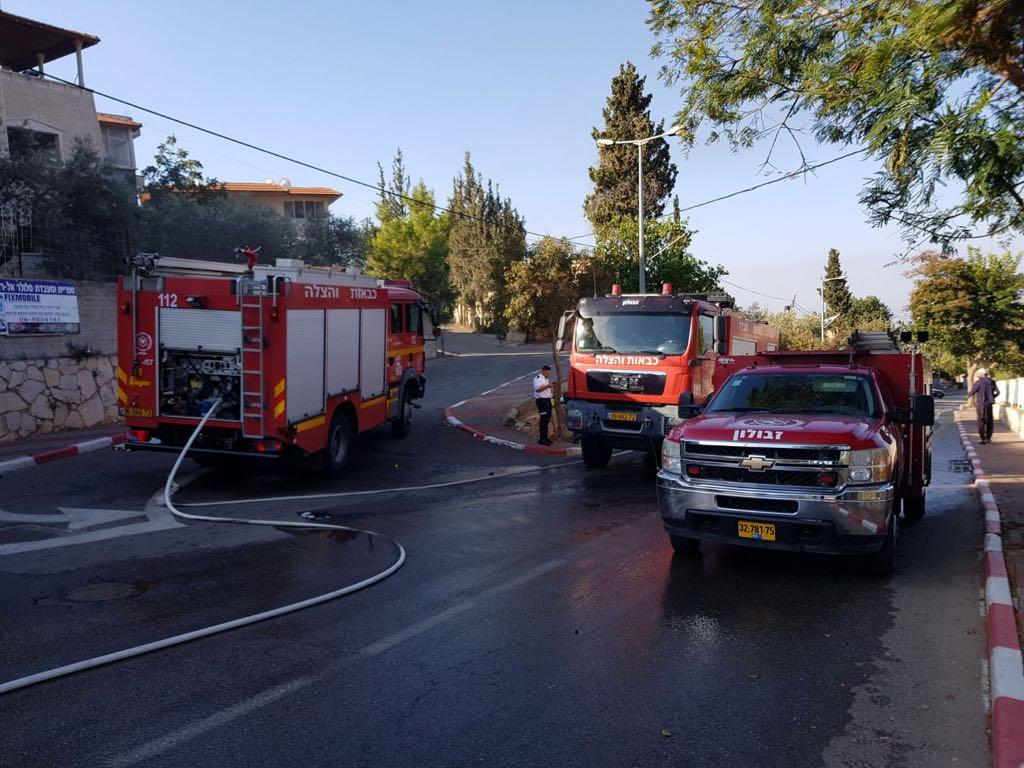 جث الجليل: ألسنة النار تلتهم حافلة ركاب