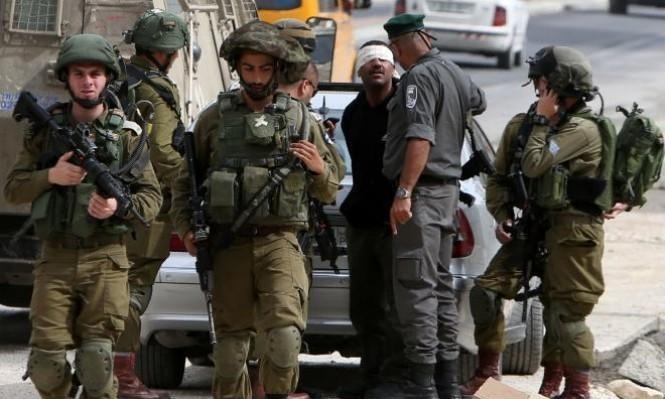 الاحتلال يحتجز فتيين قرب يعبد ويغلق حاجزًا عسكريًا