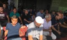 صلاة جمعة حاشدة في منزل مهدد بالهدم في عارة