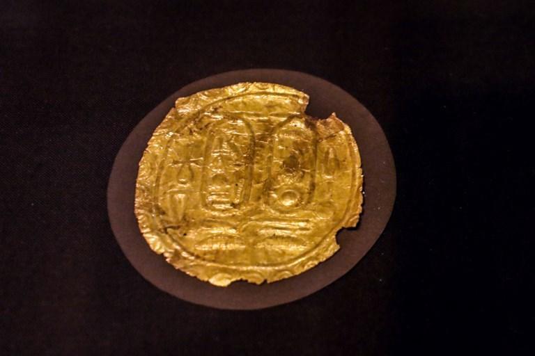 """الرقائق الذهبية: كنوز لـ""""توت عنخ آمون"""" تعرض لأول مرة"""