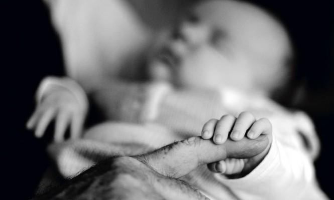 صحة الأطفال تتأثر سلبًا  بتدليل الأجداد