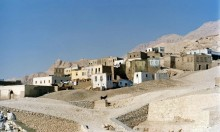 """قرية القرنة في مصر: محاولة لتخليد """"عمارة الفقراء"""" المهملة"""