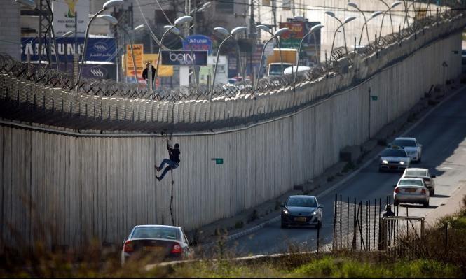الاحتلال ينقل حاجزا جنوبي القدس لابتلاع المزيد من الأراضي