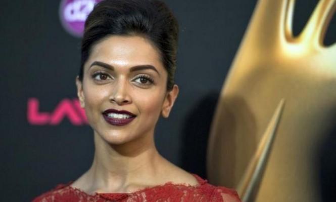 """الهند: عرض جائزة مالية لـ""""قطع رأس الممثلة ديبيكا بادوكون"""""""