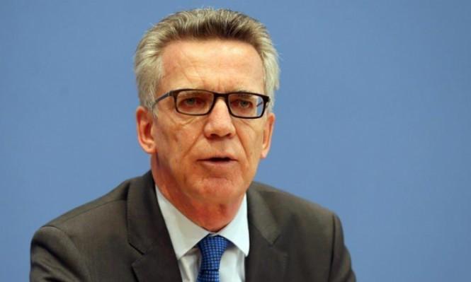 """الداخلية الألمانية تدعو لتمديد تعليق """"لم شمل"""" اللاجئين"""