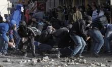 جرحى وحالات اختناق بمواجهات مع الاحتلال بالعروب