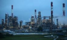 النفط يستمر في الهبوط بانتظار قرار أوبك