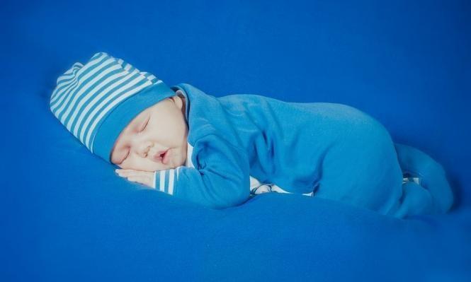 موت الرضع المفاجئ: بين الجهل والإهمال